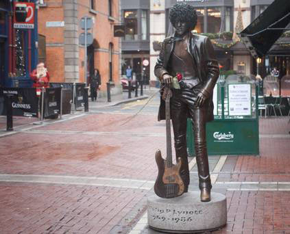 Life-size bronzed statue of Phil Lynott was unveiled in Dublin